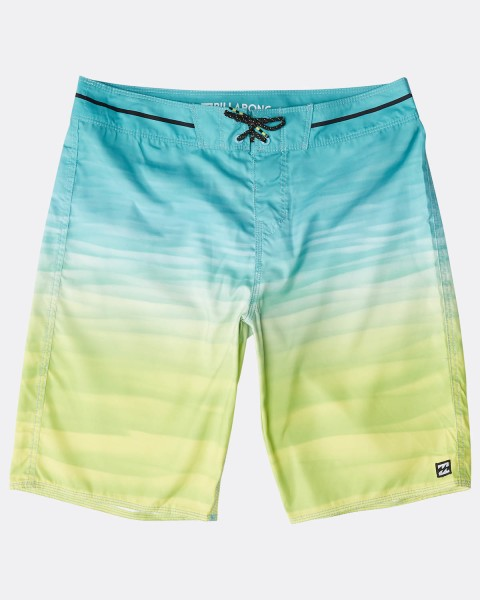 "RESISTANCE ORIGINALS 20"" BOARDSHORTS"